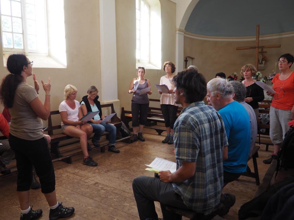 chanter-dans-la-chapelle